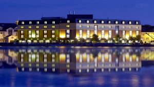 waterford-marina-hotel-Main-Hotel-Night-2015